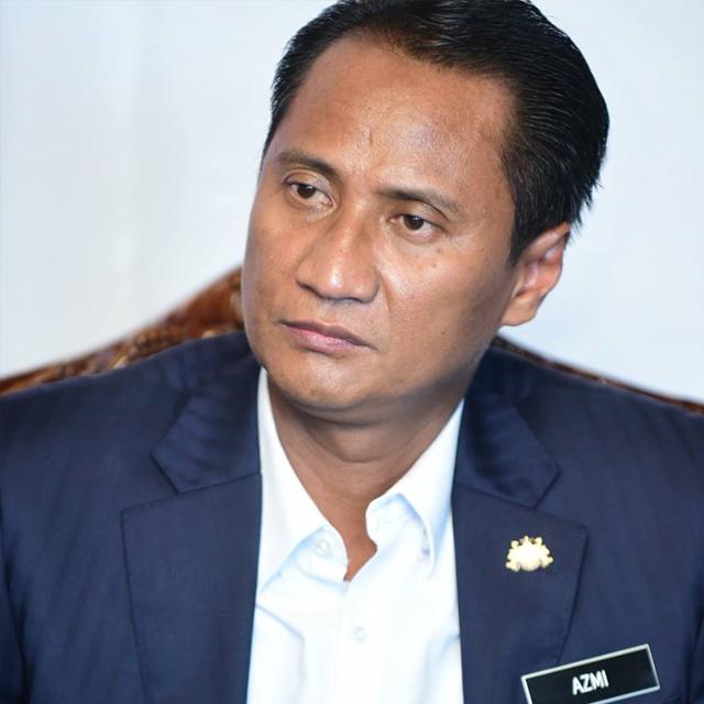 Y.B. Dato' Tuan Hj Azmi bin Rohani